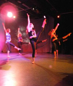 Bev Lyn Dance Modern Theatre and Jazz Gallery Image